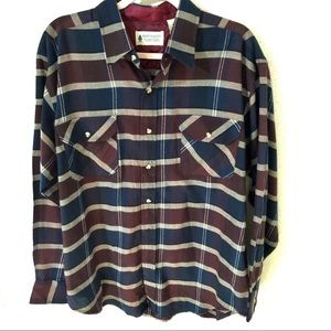 Northwest Territory Plaid Flannel Button up Size L